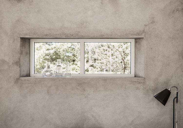 ventana-cristal-corredera-frasco-vidrio-envase-pared-gris-cemento-decoracion-nordica-estilo-nordico-escandinavo-alquimia-deco-decoracion-interiores
