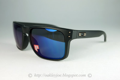 Oakley Holbrook Ice Iridium Polarized