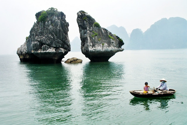 Family tours in Halong Bay - relaxing holiday in Vietnam 1