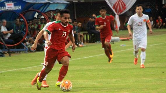 Semifinal Piala AFF Leg Pertama, Indonesia vs Vietnam 2-1