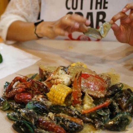 Cut the Crab - Restoran Keluarga di Jakarta