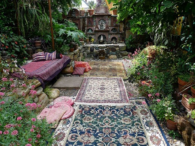 Boho Backyard Ideas : Dishfunctional Designs Dreamy Bohemian Garden Spaces