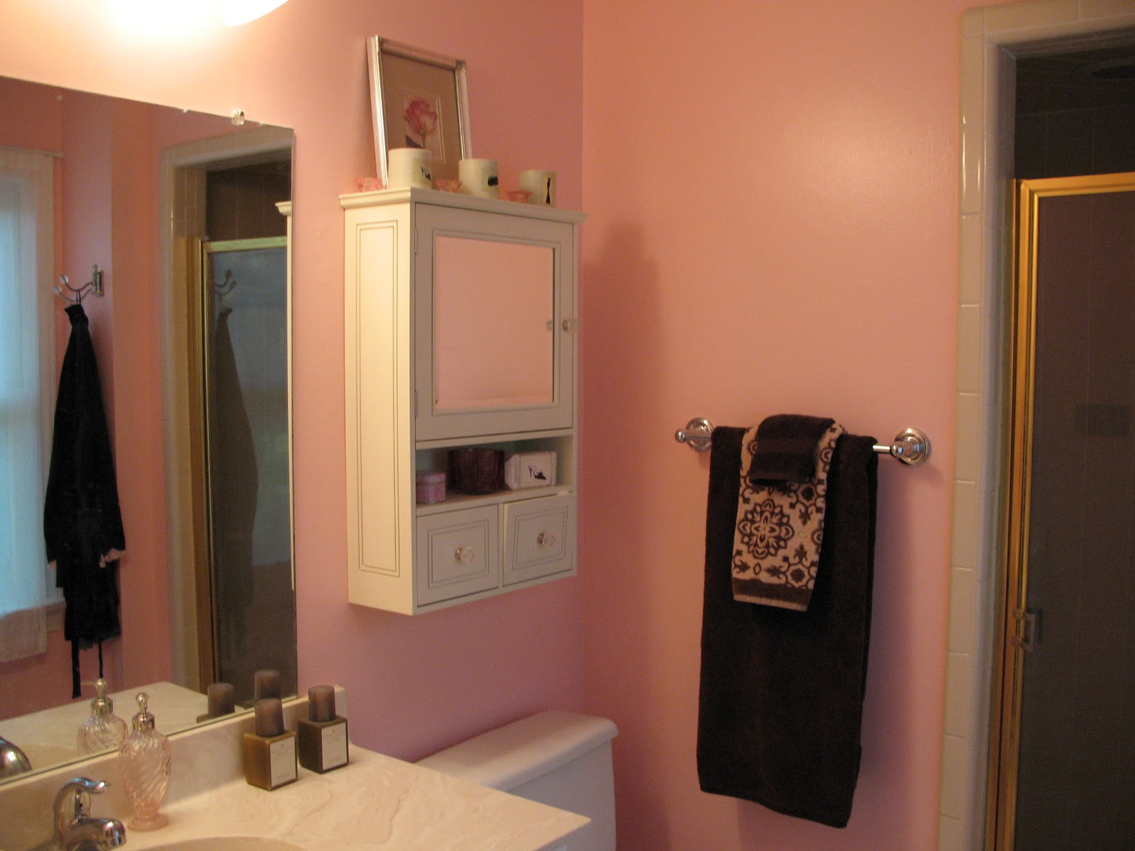 Peahen Pad Pink And Brown Bathroom