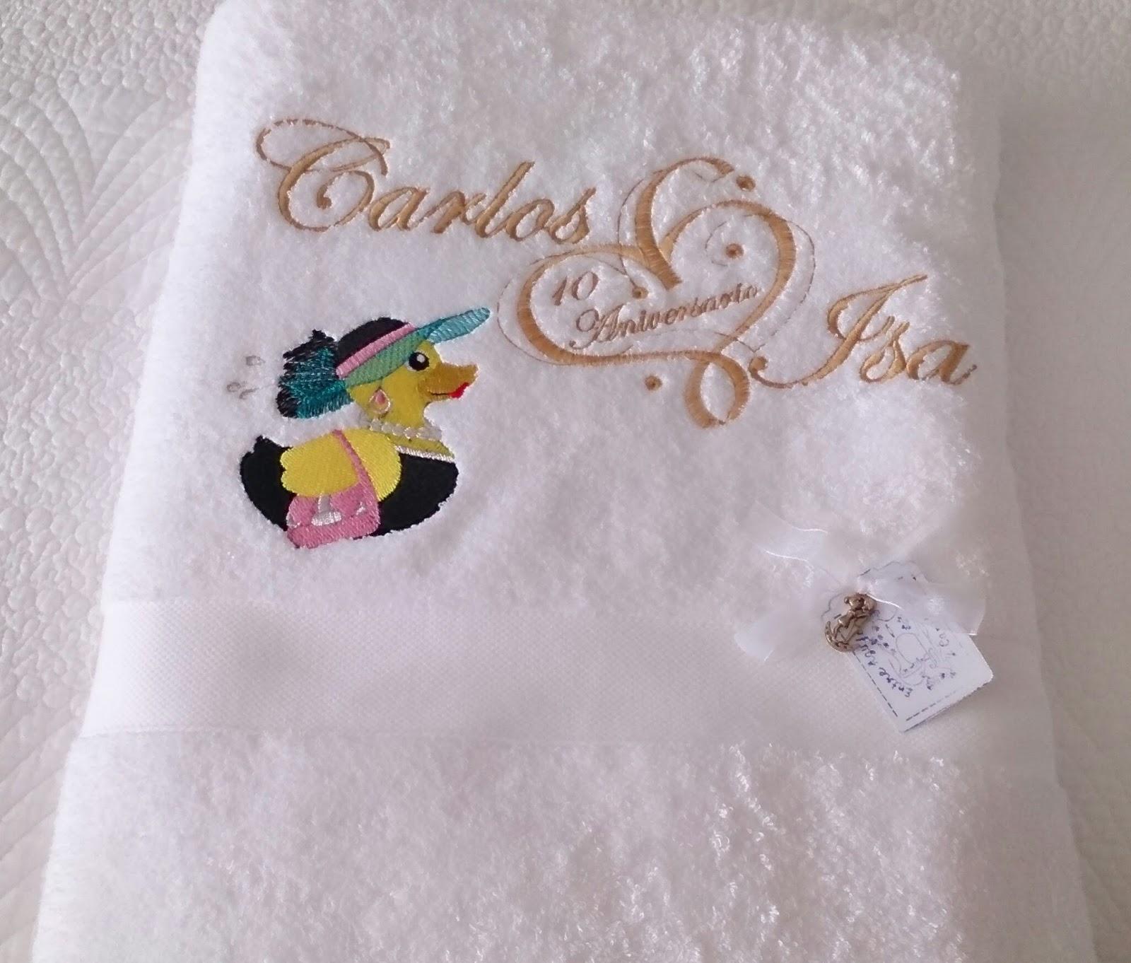 Entre agujas y canillas la mar de bordados regalos de for Regalos de aniversario de bodas para amigos
