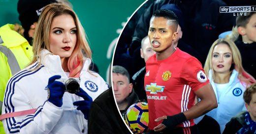 Modelo usa chaqueta del Chelsea en partido de otros equipos
