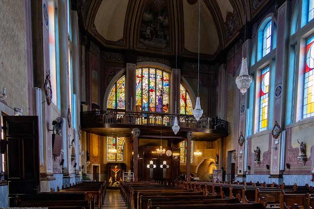 Igreja Imaculado Coração de Maria - vitral da fachada visto do interior