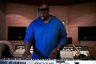 Erick Sermon of EPMD making a dope beat live!