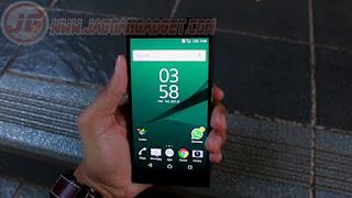 Tampilan Xperia Z5 Dual