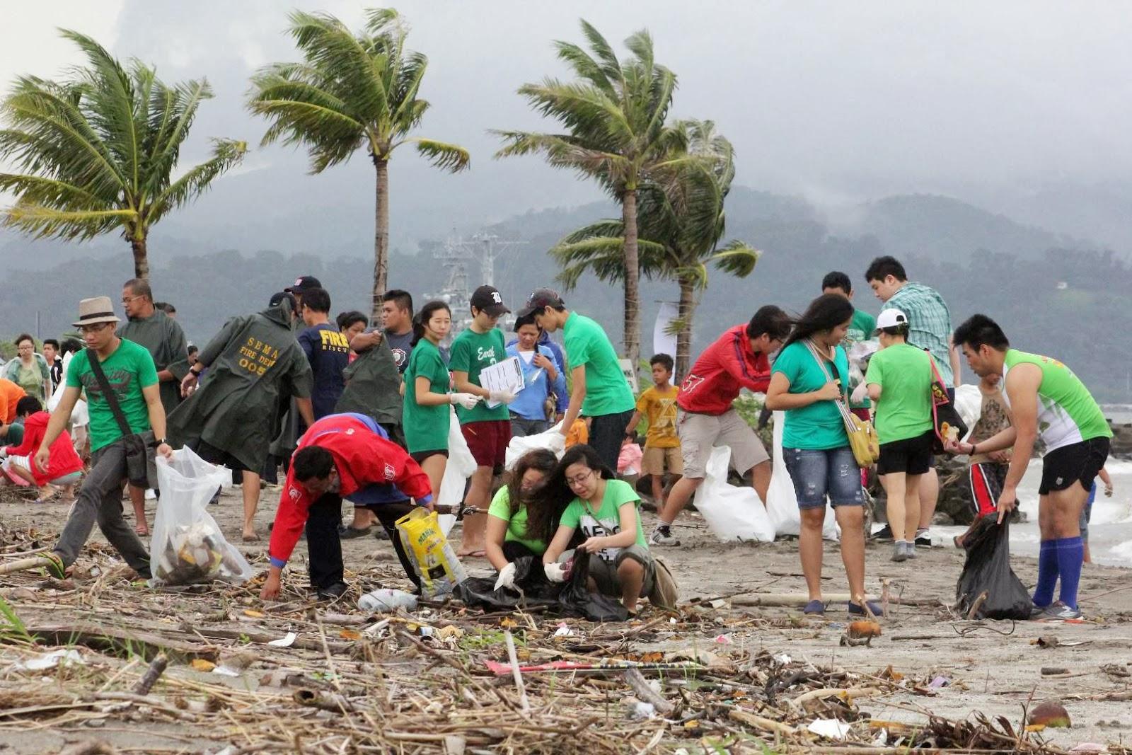 2 000 Volunteers Join Subic Bay Freeport Coastal Clean Up