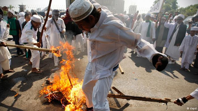 [Renungan] Islam Indonesia Pudar karena Politik