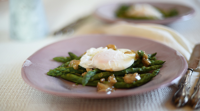 Lemon & Vanilla: Micro Steamed Asparagus with Poached Egg ...