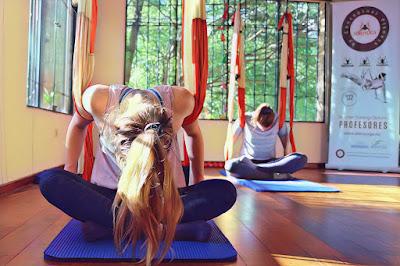 yoga, aeroyoga, yoga aereo, air yoga, aerial yoga, aero pilates, pilates aereo, columpio, taller, workshop, seminario, teacher training, paraguay, latino america, sudamerica, columpio, trapeze
