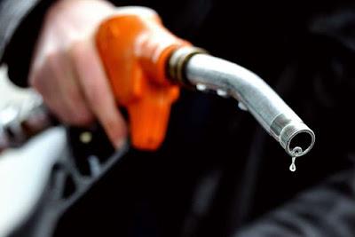tips penjimatan minyak petrol, minyak petrol, harga terkini minyak petrol 16 november 2017, cara jimat minyak petrol, viral cara jimat minyak, jimatkan minyak kereta,