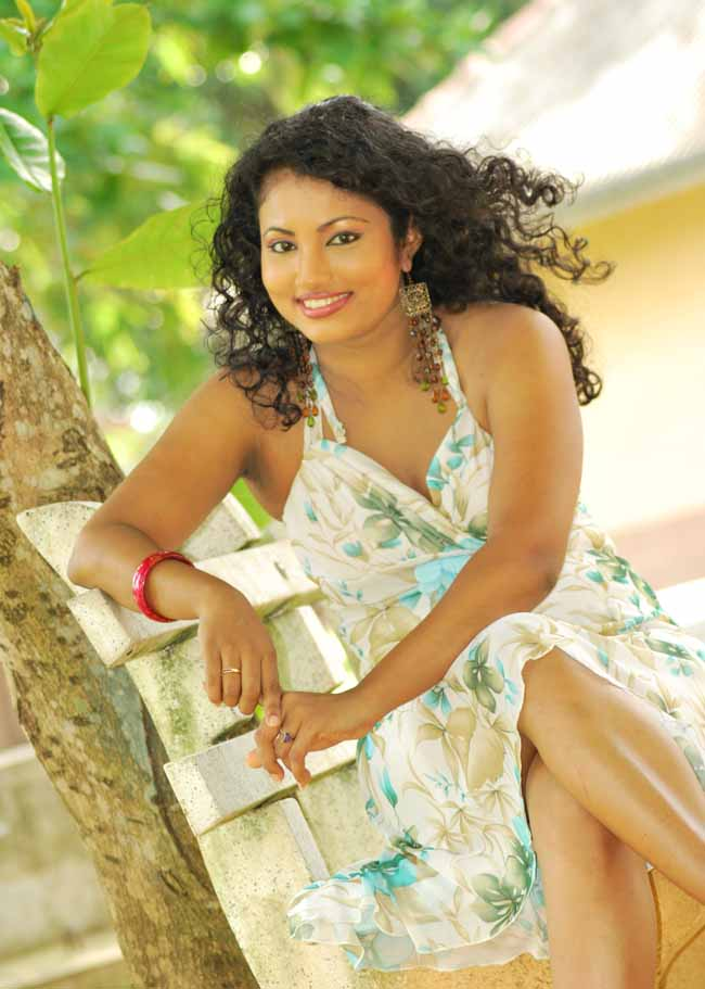 Actress Models and Girls of Sri Lanka and other Country