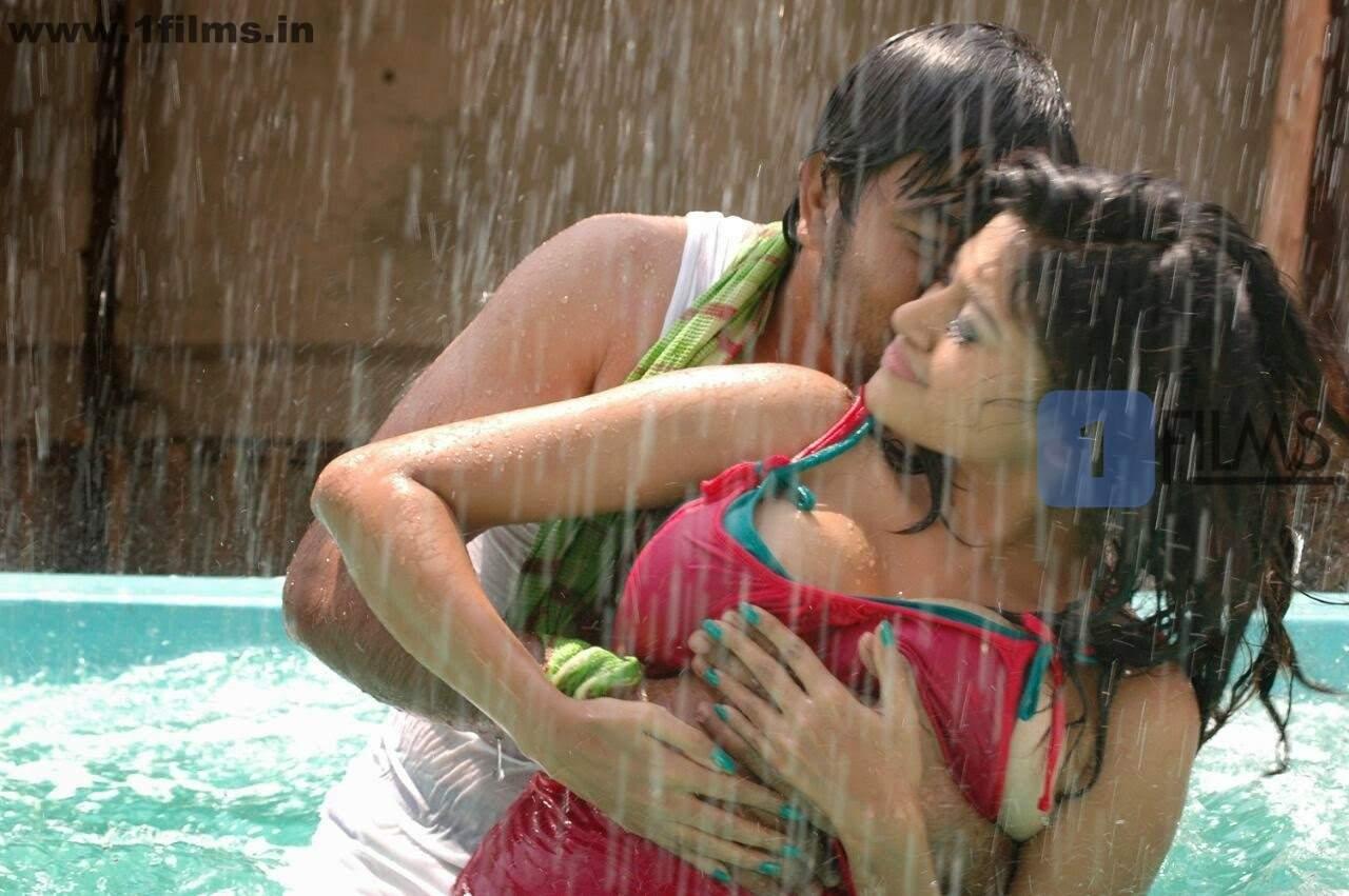 actress oviya hot press wet pink top kalakalappu