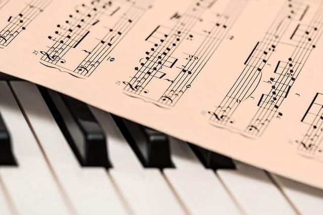 الان يمكنك العزف علي البيانو والاورغ بلوحة المفاتيح اون لاين