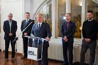 Izložba Sakralna baština otoka Brača Zagreb slike otok Brač Online