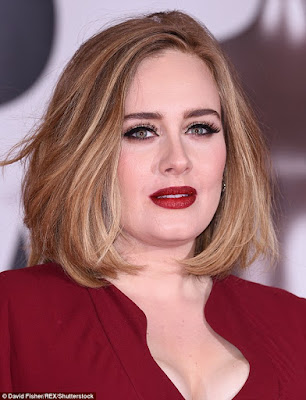 Singer Adele Sets To Marry Baby Daddy Simon