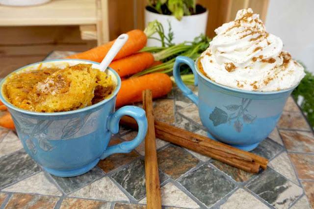 Bizcocho a la taza sabor tarta de zanahoria