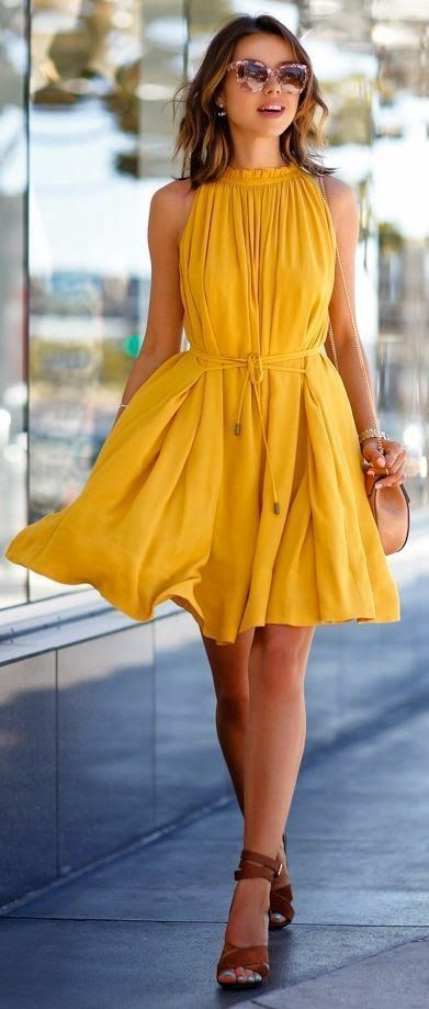 summer outfit idea: amazing dress + bag + heels