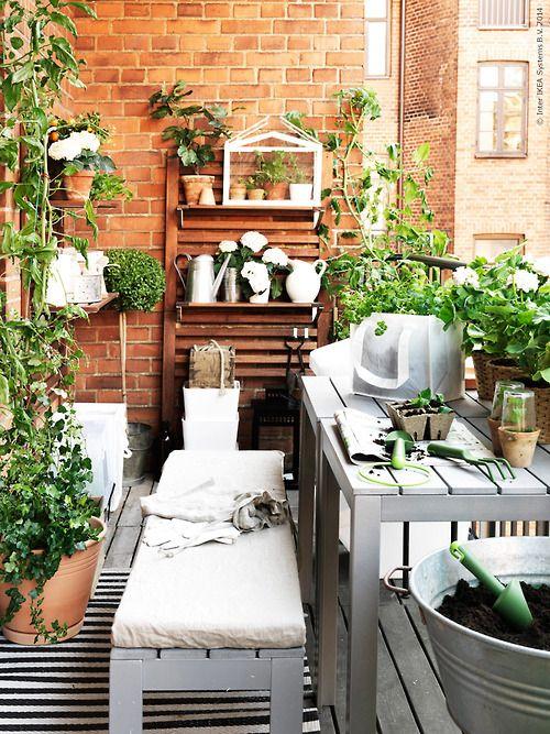Interior Relooking Come Arredare Un Balcone Stretto E Lungo