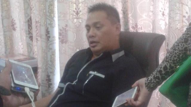 Peduli Ahok, Danny Sumolang Lepas Jabatan Legislator