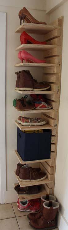 12 Desain Rak Sepatu Keren, Unik dan Kreatif