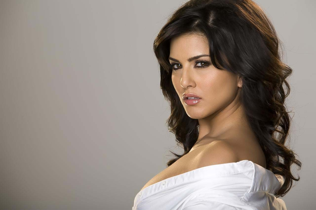 Sunny Leone Wallpaper  Bollywood Actresses Wallpaper  Free Bollywood Wallpapers-8028