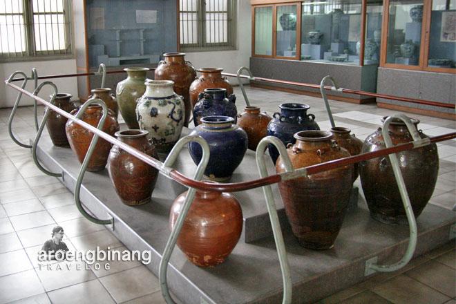 museum nasional indonesia guci keramik