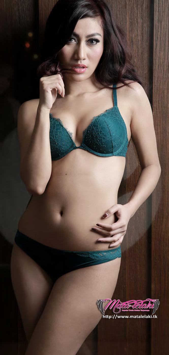 Winda Kakurabekta Model Hot Majalah Pria Dewasa Yang
