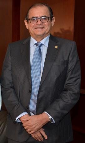 É crítico o estado de saúde do deputado Humberto Coutinho