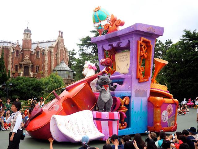 Aristocats float, Tokyo Disneyland, Japan