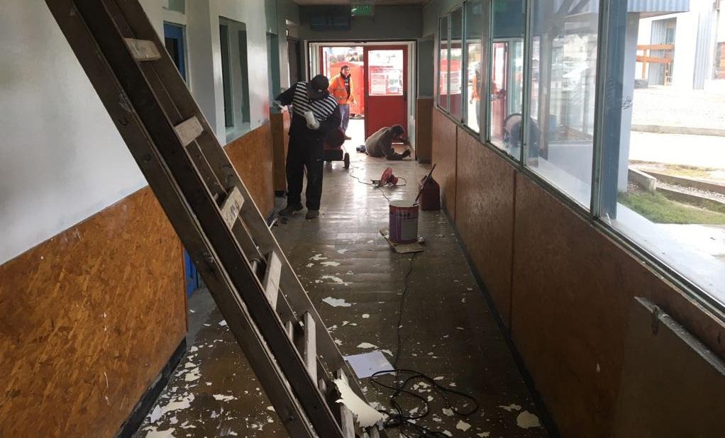 Ushuaia contin an los trabajos de refacci n en el for Gimnasio del centro
