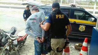 POLÍCIA RODOVIÁRIA PRENDE DOIS IRMÃOS EM CARUARU