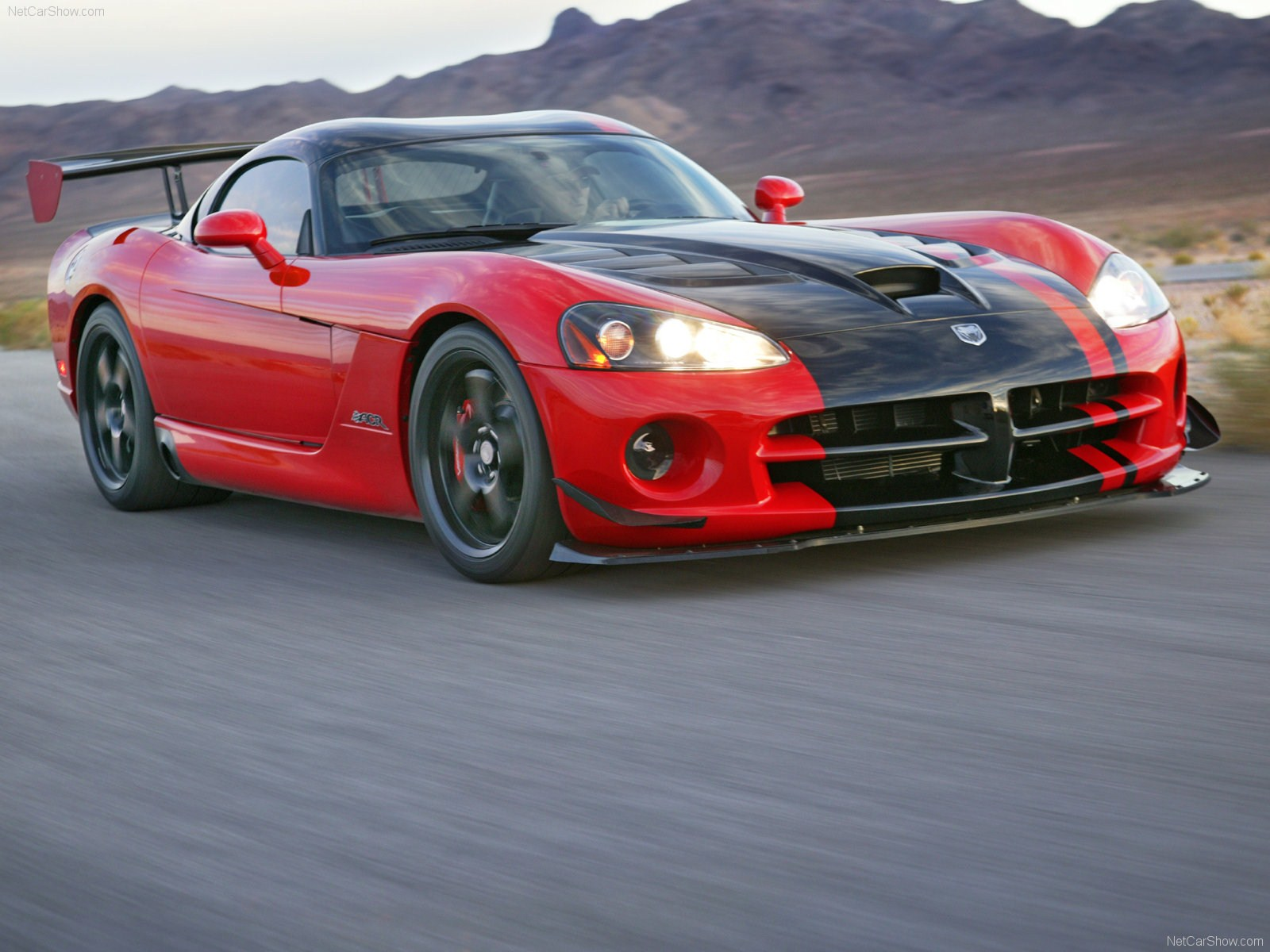 2015 Srt Viper Acr Widescreen Images Black And White