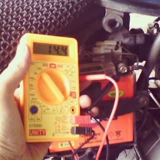 Voltan ideal untuk sistem elektrik motorsikal dan kereta.