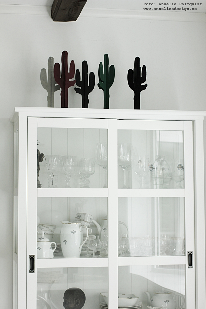 kaktus, inredning, prydnad, prydnader, kaktusar, webbutik, webbutker, webshop, annelies design, vitt, vit, svart, svarta, grön, röd, röda,