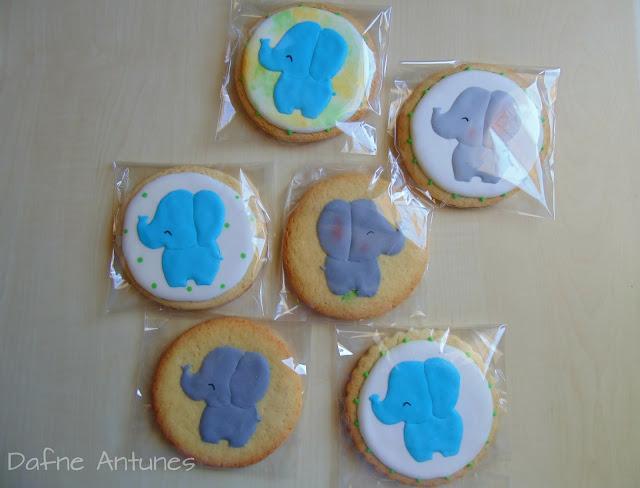 biscoitos de elefante, com glacê real
