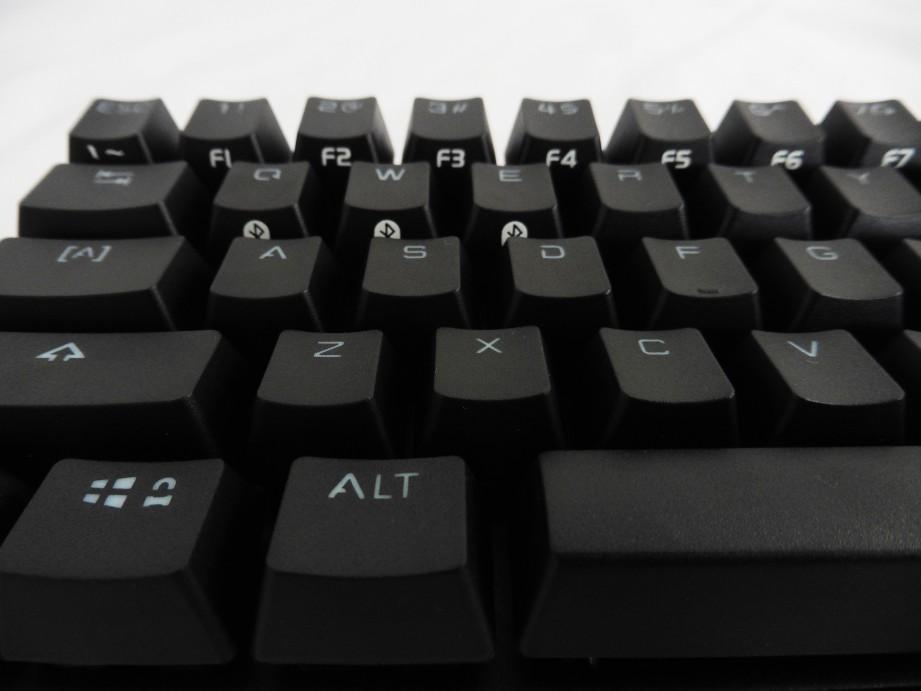 Drevo Calibur 71-Key Bluetooth RGB Mechanical Keyboard Review 6