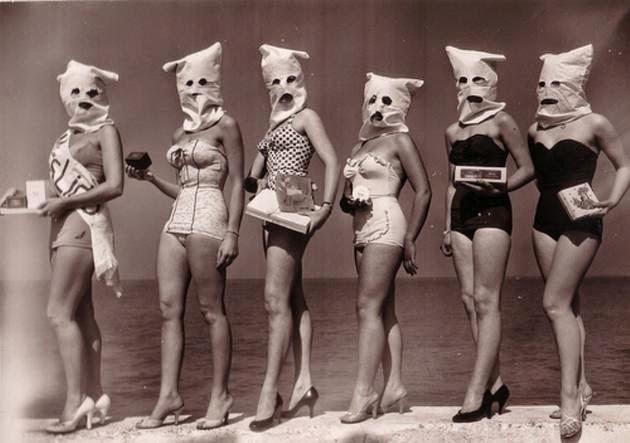 Weird Vintage Photos (28 Pics)