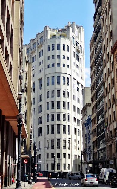 Vista lateral do Edificio Saldanha Marinho - Centro - São Paulo