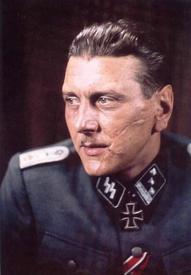 Nazis exiliados en España, buscando al Doctor Muerte