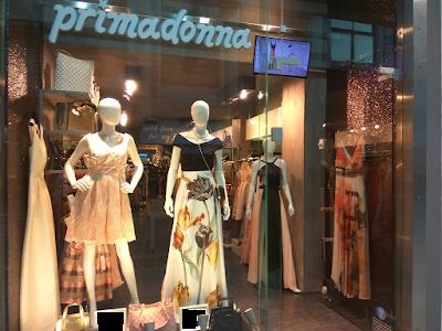 Βραδινά φορέματα Primadonna