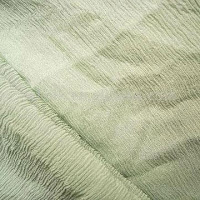 Açık yeşil renkli krepon kumaş
