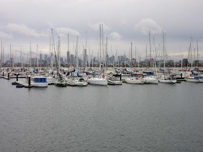 Embarcadero y Melbourne al fondo desde St. Kilda pier