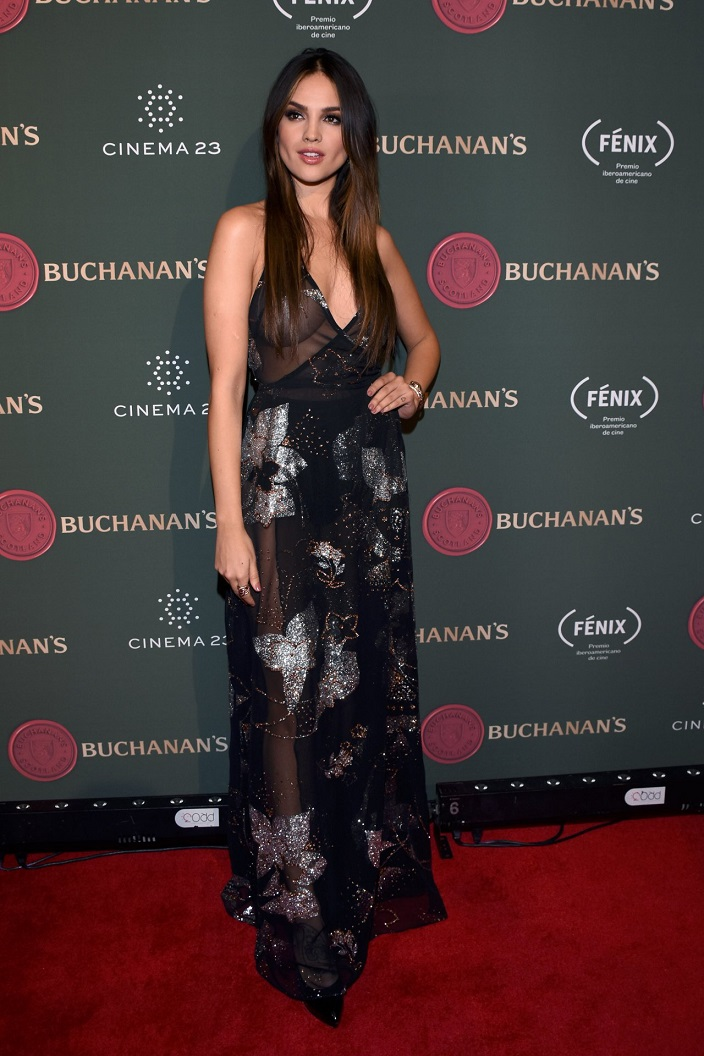 Eiza Gonzalez flaunts skin and curves at the Buchanans Film Awards 2016