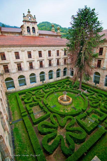 Monasterio benedictino de Corias, hoy Parador Nacional de Corias, por El Guisante Verde Project