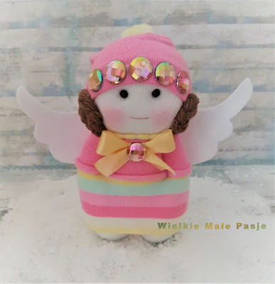 skarpetkowa lalka, lalka ze skarpetki, lalka ręcznie szyta, lalka szmaciana, anioł, lalka anioł, kryształki, zimowy anioł, Leia, Star Wars, zabawki ze skarpetek, skarpetki dziecięce, zima, sock doll, doll with socks, hand-sewn doll, rag doll, angel, doll angel, crystals, winter angel, Leia, Star Wars, toys from socks, children socks, winter, кукла-носок, кукла с носками, кукла ручной работы, кукла-тряпка, ангел, кукла-ангел, кристаллы, зимний ангел, лея, звездные войны, игрушки из носков, детские носки, зима, Sockenpuppe, Puppe mit Socken, handgenähte Puppe, Stoffpuppe, Engel, Puppengel, Kristalle, Winter Engel, Leia, Star Wars, Spielzeug aus Socken, Kindersocken, Winter,muñeca de calcetín, muñeca con calcetines, muñeca cosida a mano, muñeca de trapo, ángel, muñeca ángel, cristales, ángel de invierno, Leia, Star Wars, juguetes de calcetines, calcetines de niños, invierno
