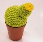 http://www.walaly.com/patron-cactus-amigurumi-gratis/