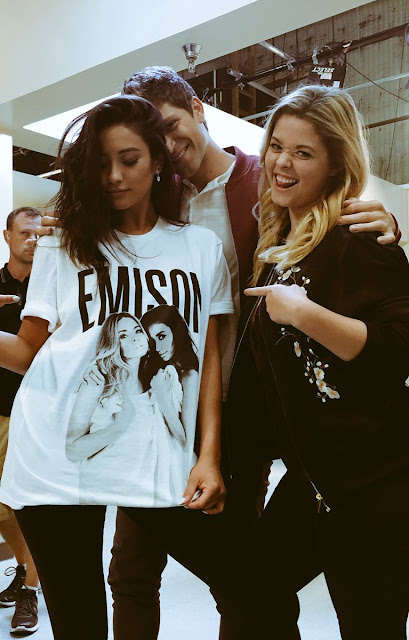 "PLL emison shirt 7x11 behind the scenes bts Shay Mitchell, Sasha Pieterse and Keegan Allen ""Playtime"""